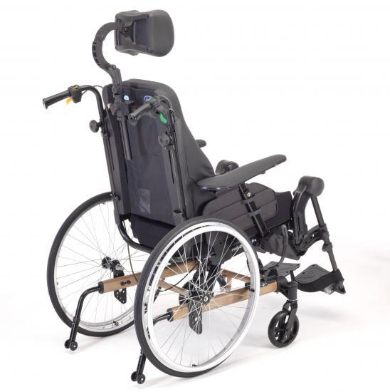 calvarro-silla-de-ruedas-rea-clematis-pro-4