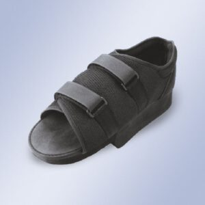 calvarro-ortopedia-zapato-postquirúrgico-en-talo