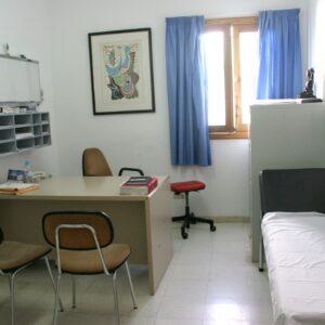 calvarro consultorio médico local atención primaria